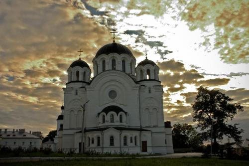 Jefrosinja Kloster - Ostseite